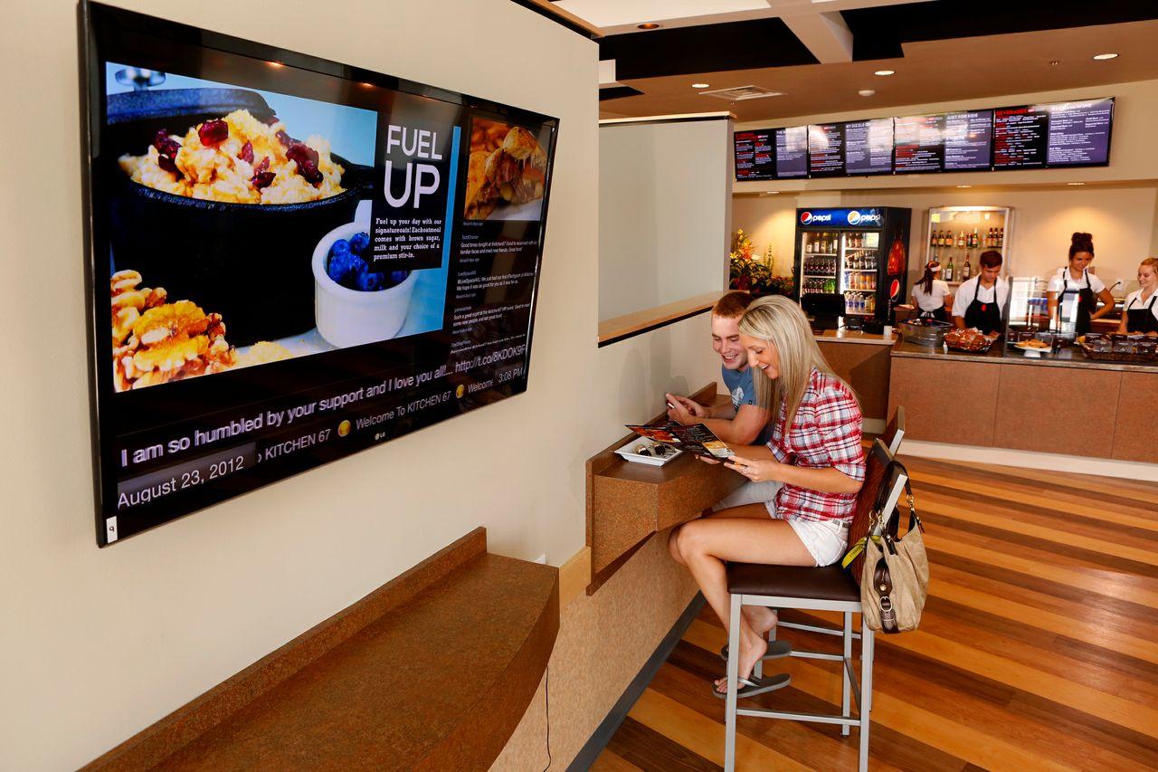 Digital Instore Signage affichage dynamique restauration hôtellerie
