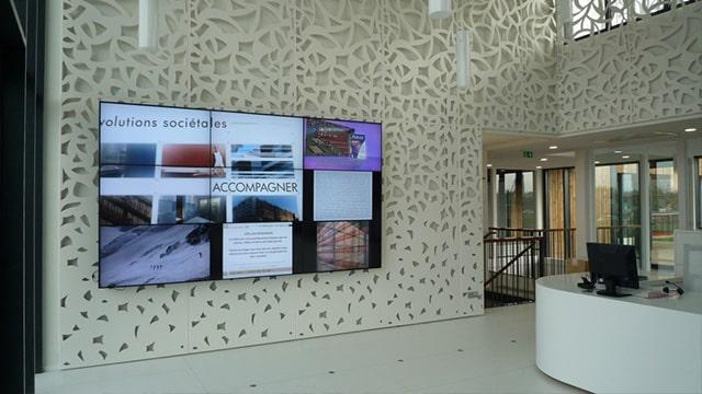 Les opportunités du mur d'images positionné en vitrine