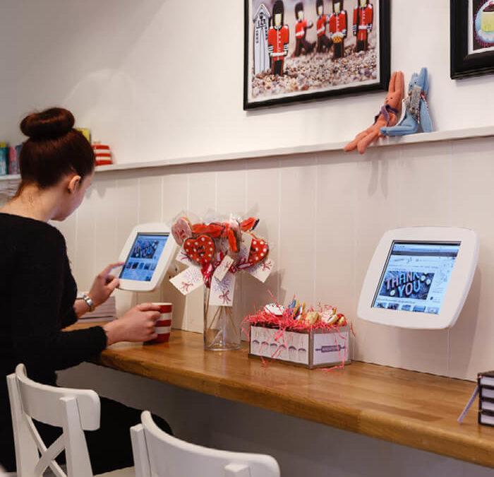 Les bornes interactives sont-elles l'avenir de l'affichage numérique ?
