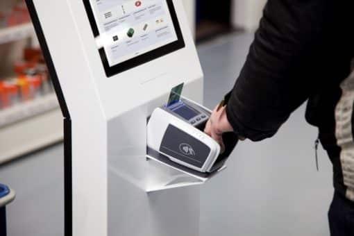 Borne tactile de paiement carte bancaire