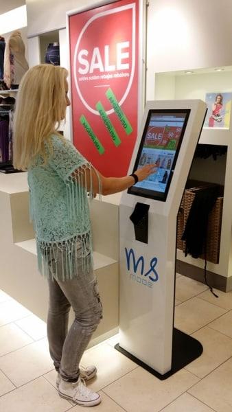 Borne tactile de paiement multitouch