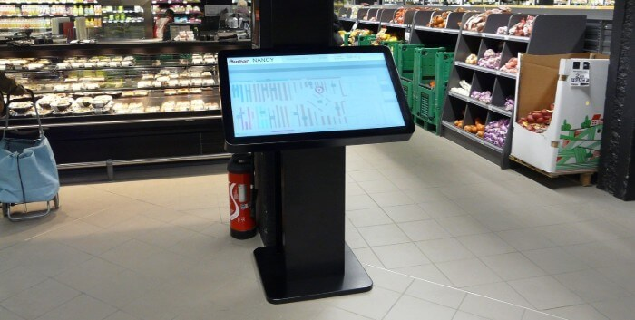 borne tactile interactive digitale Auchan